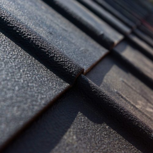 Couverture en tuiles, ardoise, Eternit ou metallique